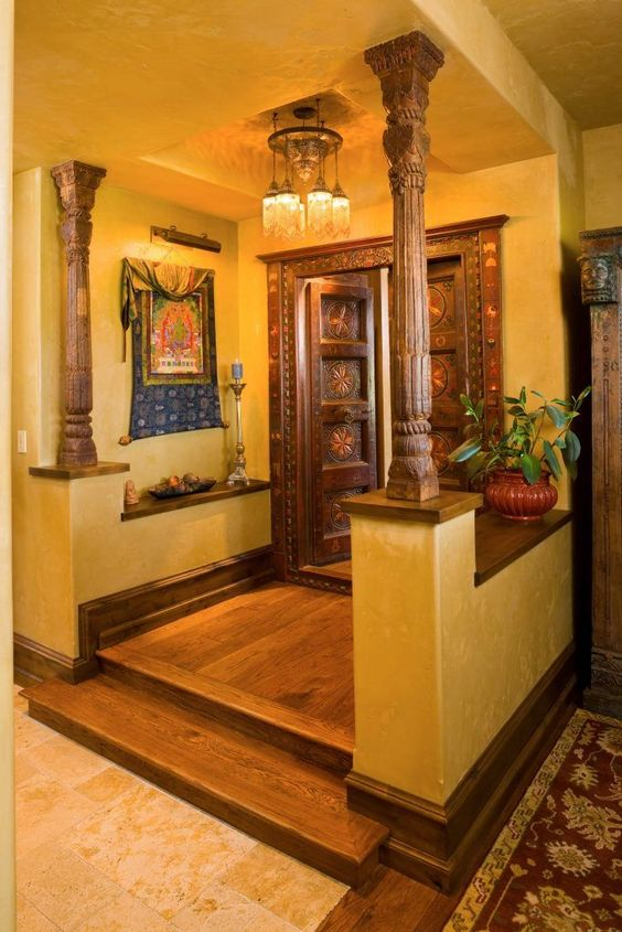 antique pillar in interior design